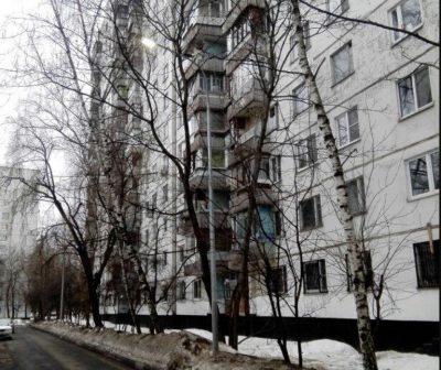 Виктор Коль провел очередной субботний обход на Клинской и Зеленоградской