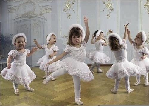 Веселые и заводные песенки — лучшая дискотека для малышей. Танцуют все!