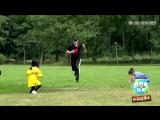 [Видео] 180813 Джексон играет с детьми на шоу