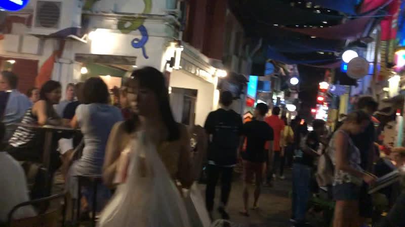 Пятничный вечер в Индийском квартале Сингапур