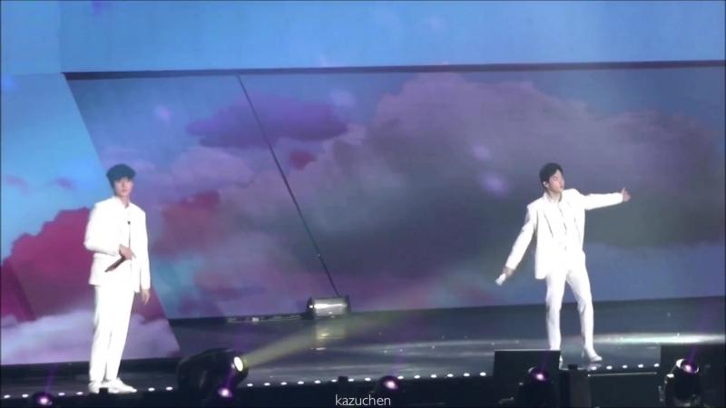 [FANCAM] 180317 The EℓyXiOn in Bangkok: D-2 @ EXO's Suho Sehun — Cloud 9