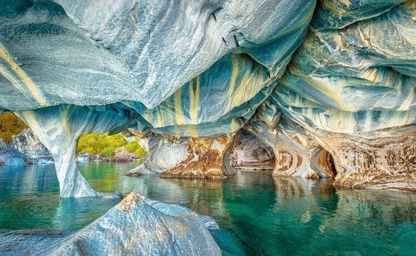 Мраморные пещеры озера Чиле-Чико, Чили