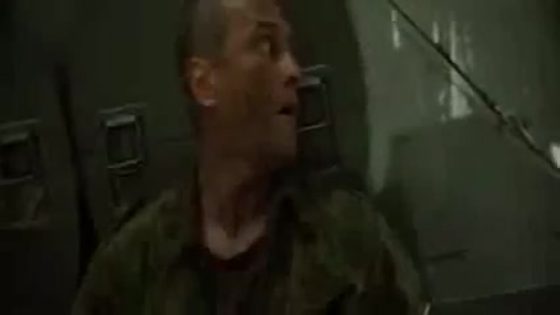 МИРОТВОРЕЦ фрагмент. Александр Балуев, Джордж Клуни, Николь Кидман