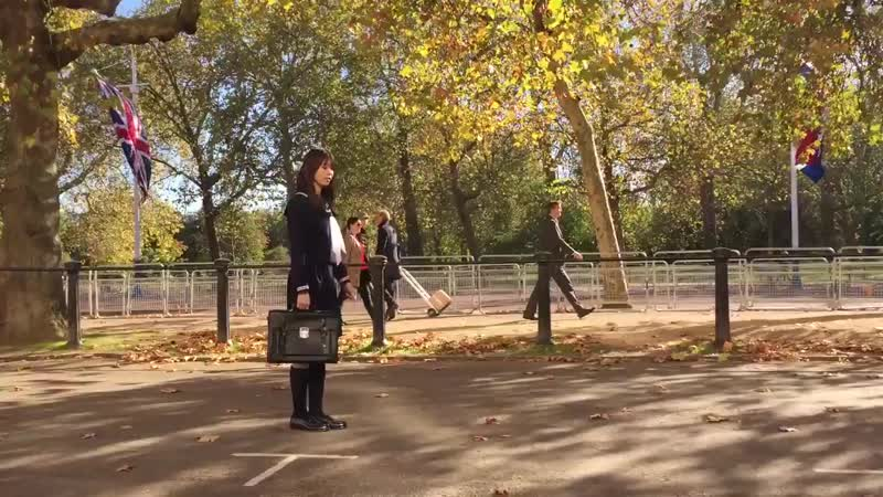 ロンドンロケのオフショット動画を👻 タイムリープしてしまいそうな小林由依さんです!