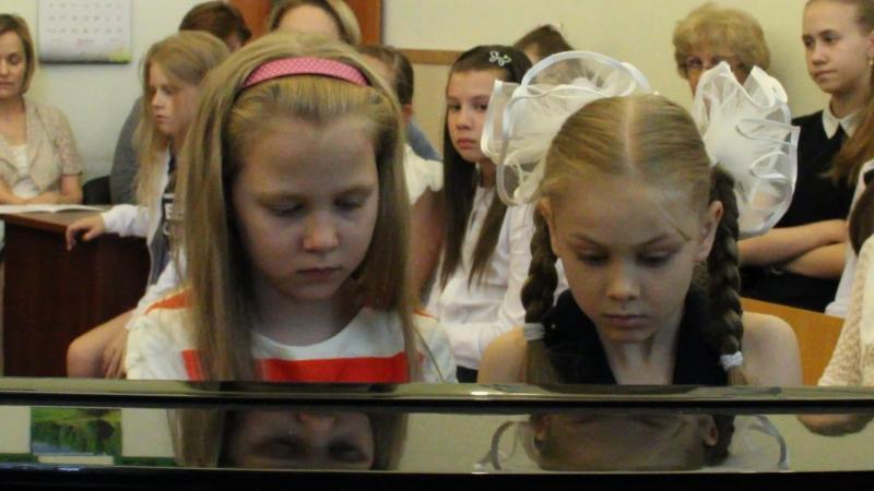 Выступление ансамбля пианистов в рамках IV Детского конгресса Пианистов