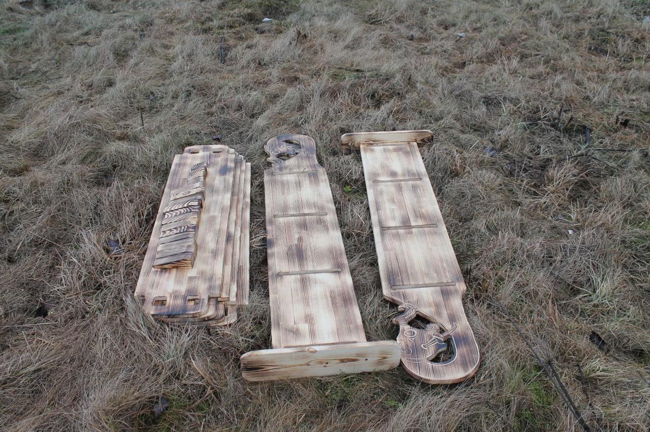 más madera EsKQFSVLPIM