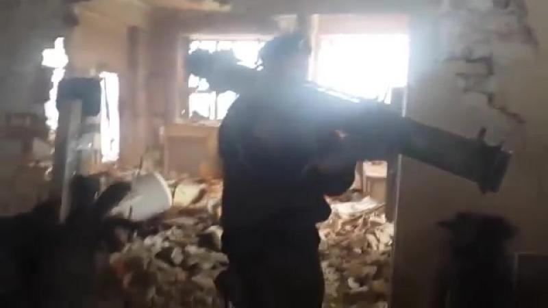'Спарта' ведет бой, аэропорт, Донецк, январь 2015.mp4