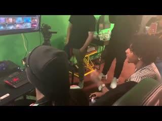 Snoop dogg и 21 savage играют в «mortal kombat 11»