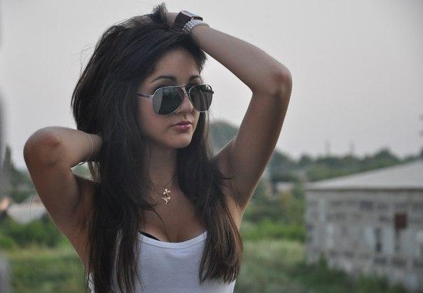 девушки каштанки-йж3