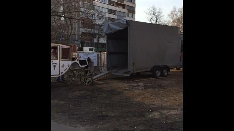 Обычный московский дворик ...