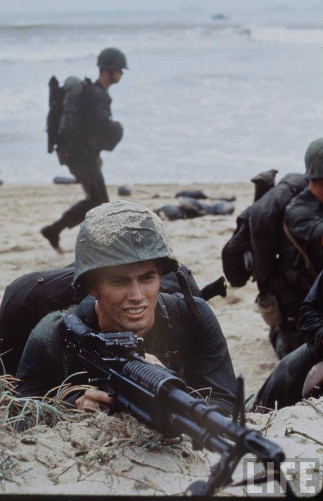 guerre du vietnam - Page 2 QuI1HfPPGtc