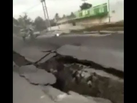 End of The World Signs-Earth is split 2-Earthquake In Indonesia,Sulawesi