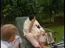 1987-0516 Talk to yogis after Havan, Auckland, DP