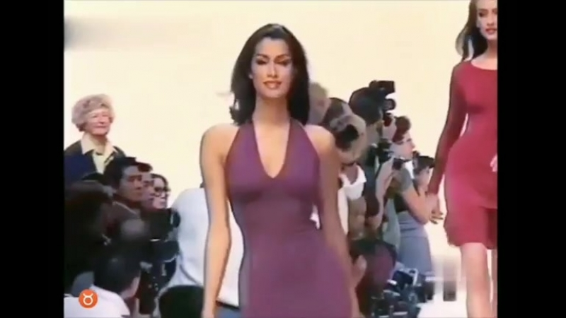 Model Yasmeen Ghauri
