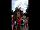 памятник трудящимся завода Арсенал
