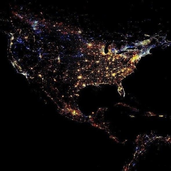США ночью, снимок из космоса