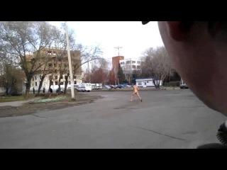 обнаженный парень обезумел  |  naked guy mad