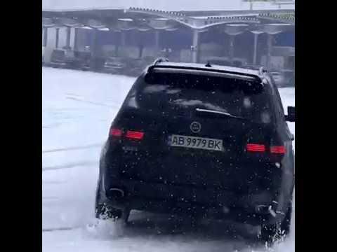 BMW X5 E70 4.8 HAMANN Зимний дрифт