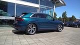 Audi Q8 50 TDI S-line - Galaxy Blue Metallic