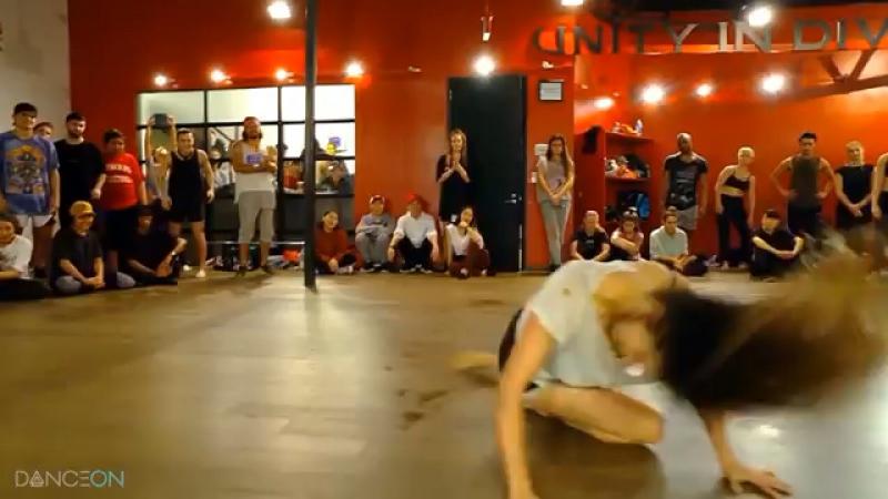Move your body - Nika Kljun