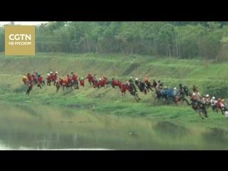 В Бразилии 245 экстремалов одновременно прыгнули с моста