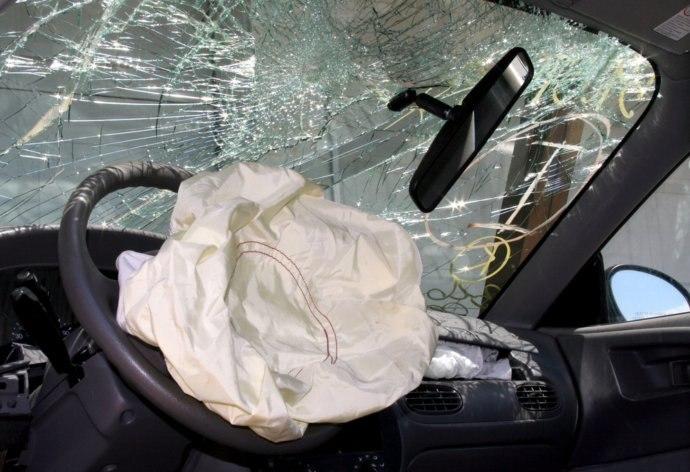 ДТП в Таганроге: в результате столкновения KIA и Ford пострадал 10-летний ребенок!