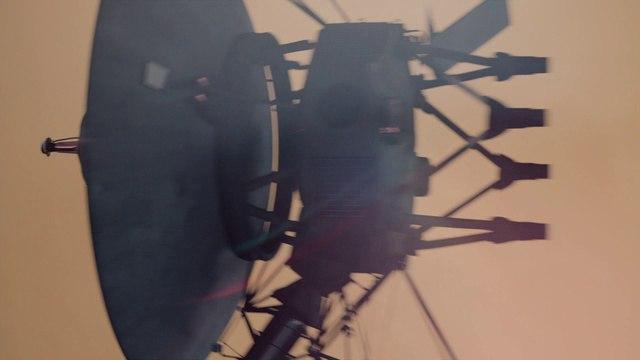 Космос: Пространство и время 13 серия. Нестрашная темнота (2014)
