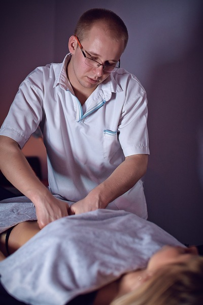 Сексулние масаж богати женщину