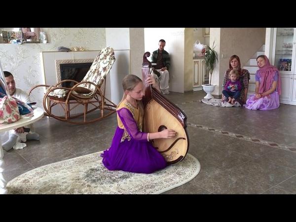 Niranjana Swami —Listening to Ekapriya play bandura, Ukraine — 15-Jul-2018