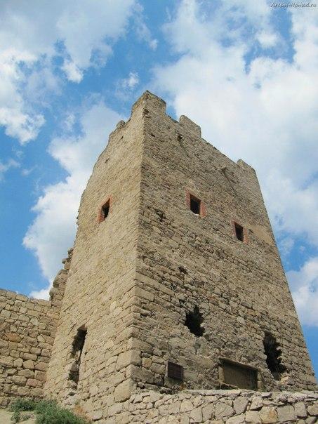 Крепость Каффы: башня Криско