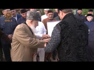На окраине высокогорного селения Пачу сегодня открыли школу хафизов им. великогом Шейха Ташу-Хаджи Саясановского.