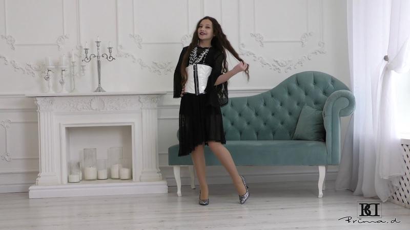 Model Skarlet dress presentation catwalk agency Brima.d