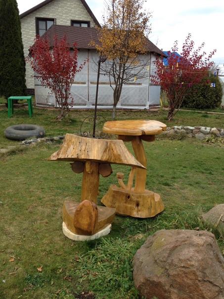 Столик с барным стулом, сделанные из натурального дерева. Ручная работа, от подписчика