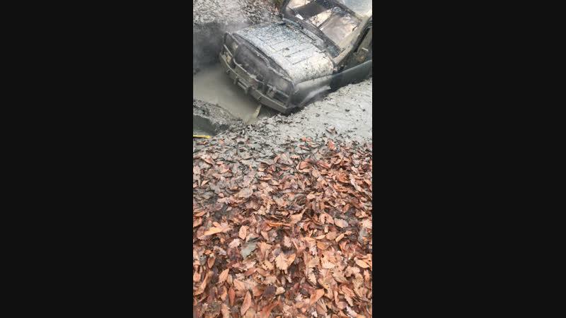 Топим уазики в грязи