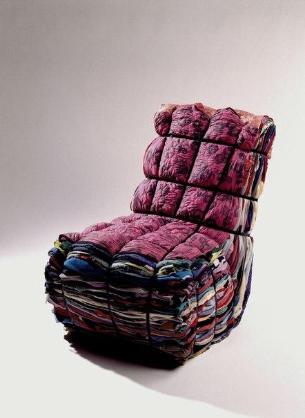 Стул из ткани- как вам нравится?  К выбору материала, из которого сделан стул, нужно подходить основательно.