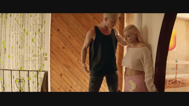 Clean Bandit - Solo feat. Demi Lovato Clea Cle Cl C Bandi Band Ban Ba B s so sol Dem De D Lovat Lova Lov Lo L