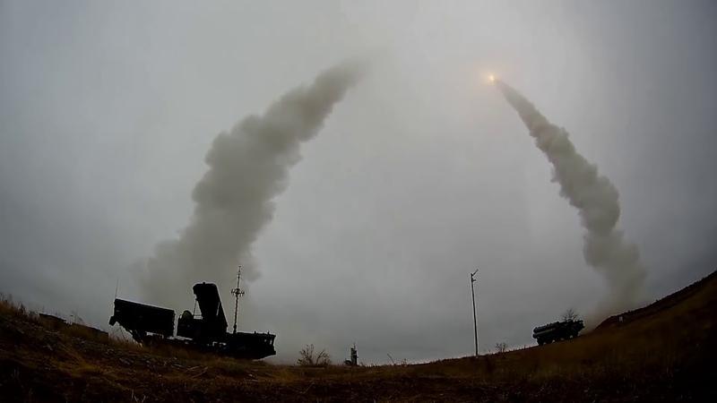 Резервисты Украины тут не помогут Стрельбы зенитчиков ЮВО ракетами ЗРС С 400 на полигоне Капустин Яр