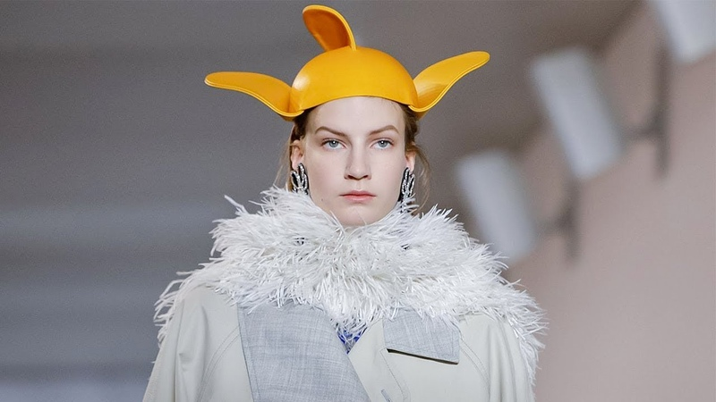 Loewe   Fall Winter 20192020 Full Fashion Show   Exclusive