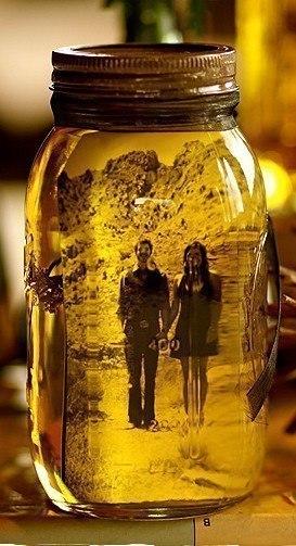 Для необычной рамки: банка + оливковое масло + фото.