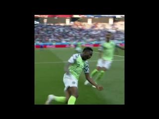 Гол Ахмеда Муса в ворота сборной Исландии 1:0