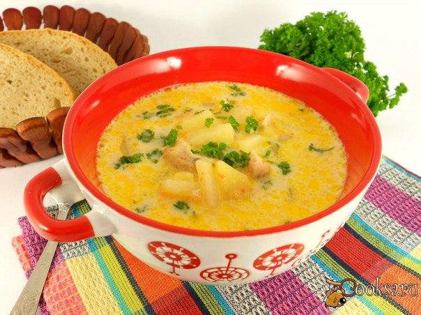 Очень вкусный суп с плавленными сырками можно приготовить в мультиварке. Этот суп, по моему мнению и мнению моего сына, получается вкуснее, ароматнее и насыщеннее приготовленного на плите.