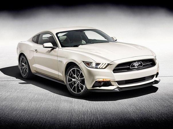 Компания Ford отметила 50-летие Мустанга выпуском спецверсии. В этом году фирма Ford празднует 50-летнюю годовщину с момента выпуска первого поколения купе Mustang. В компании не стали оригинальничать и отметили это событие выпуском лимитированного издания двухдверки. Юбилейная спецверсия получит название 50 Year Limited Edition и будет выпущена ограниченным тиражом в 1964 экземпляра. Основой для юбилейной спецверсии стала модификация GT. Её дополнили спорт-пакетом Performance Pack. Чего уж…