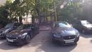 Kia Stinger VS Jaguar XE при участии Каршерского кота!