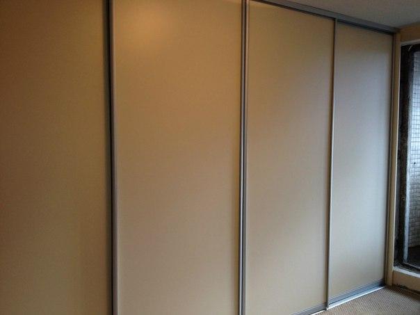 Встроенный шкаф с раздвижными дверьми своими руками 59