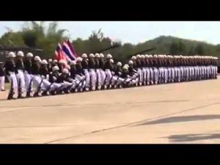 Um desfile militar bem diferente