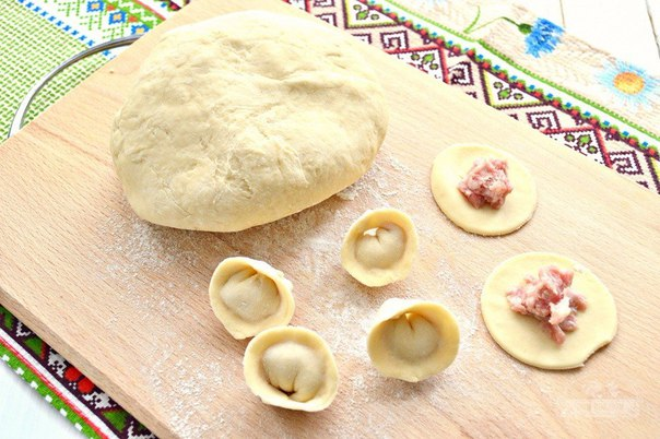 Вкусное тесто на пельмени пошаговый рецепт