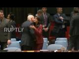 Небензя и Никки шалят, однако? UN US, Russian UN envoys shake hands prior to UNSC meeting