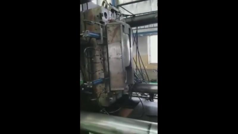 ECTO-1 molding
