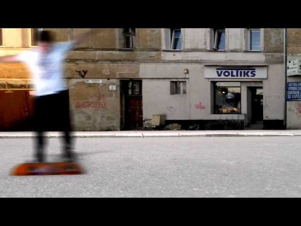 Ga-Ga Zielone Żabki Omijam bokiem (Official Video)