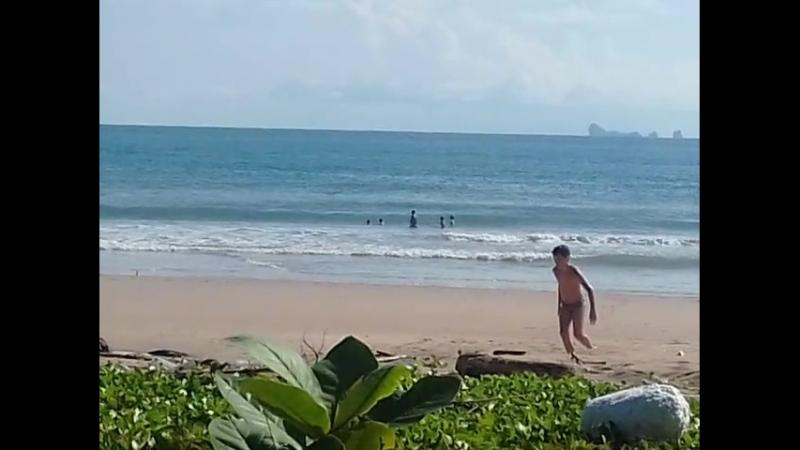 28.06. 15-56 Ланта 2-й пляж 20180628_155616.mp4